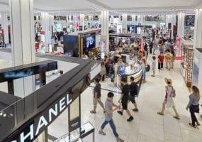 Retail chileno lideró crecimiento en el cuarto trimestre a nivel global por retiro de ahorros previsionales