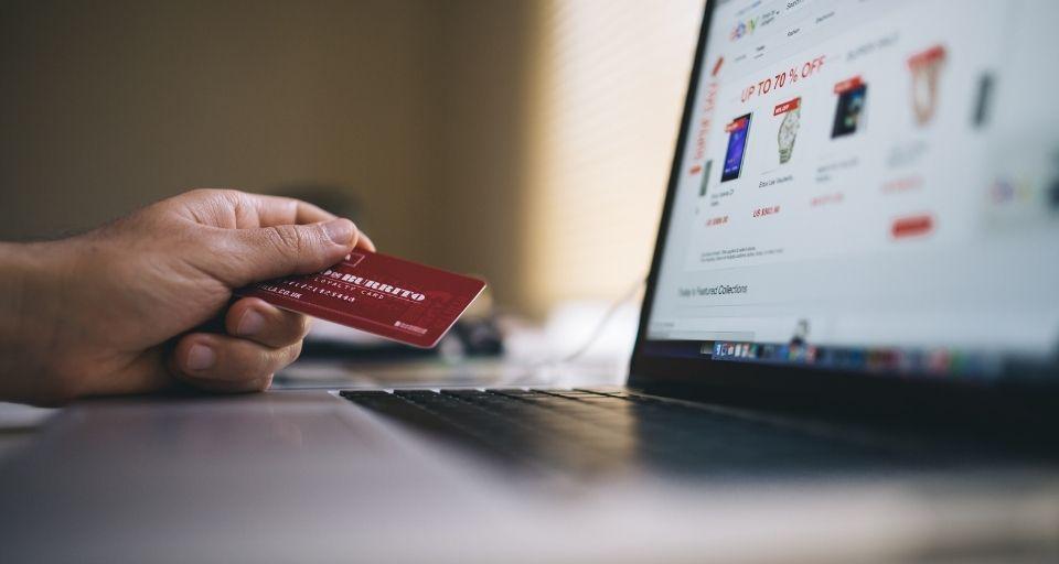 Expertos entregan recomendaciones para prevenir el fraude en los comercios electrónicos
